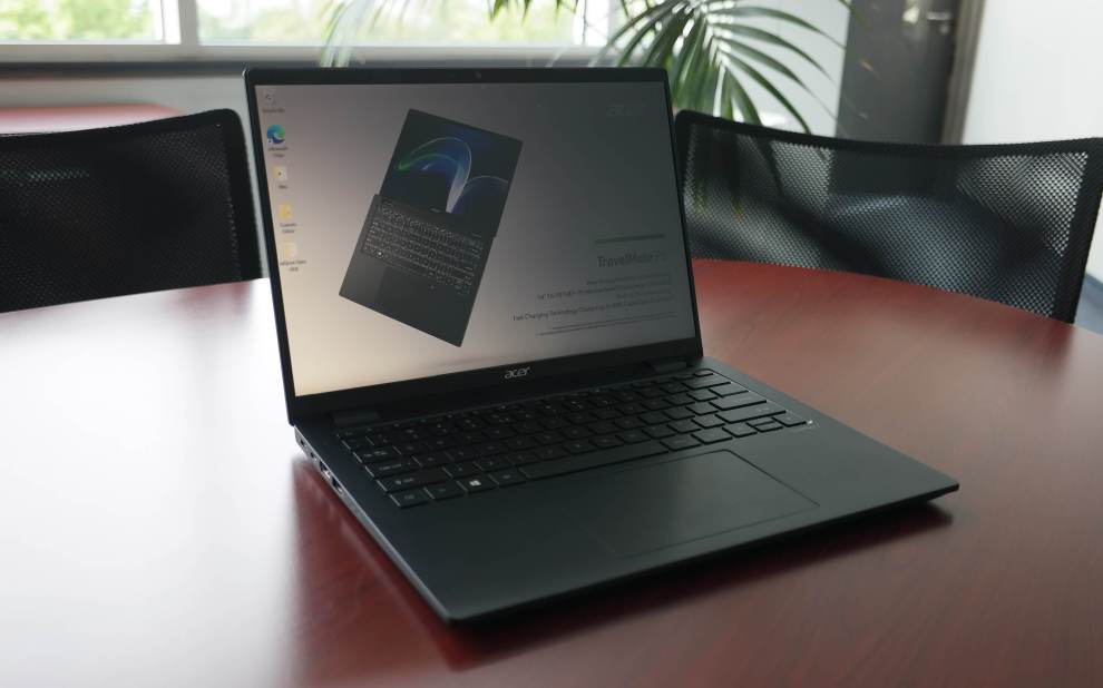 Acer TravelMate P6 2021