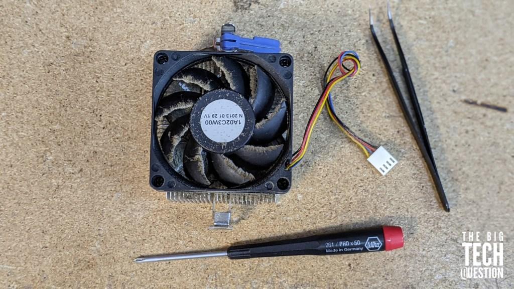 fix noisy fan inside desktop PC