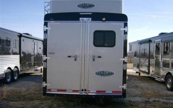 hoosier horse trailers 8411 slide