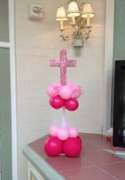 pink-cross-centerpiece