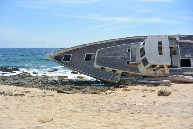Shipwreck on Klein Curacao