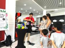 Balloon Sculpting Fringe Activity Singapore