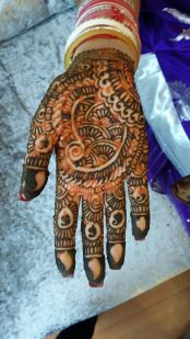 Henna Artist for Event