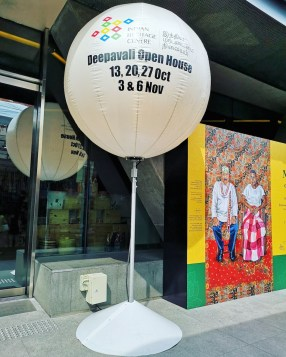 Outdoor Tripod Advertising Balloon Singapore