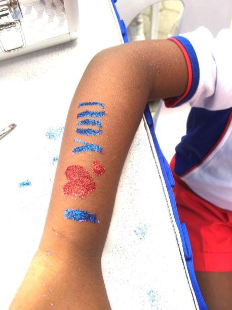 Wording Glitter Tattoo