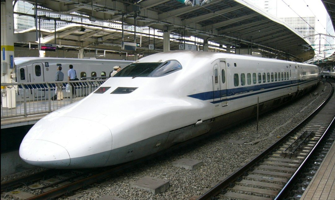 Traveling In Japan - Japanese Bullet Train