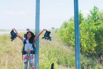 humanitytoday.com: Rollerblading Across the US, Girl Proves Kindness Still Exists