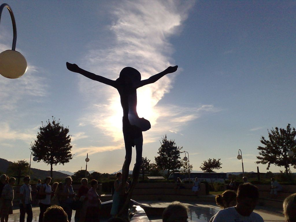 Статуя Воскресшего Спасителя. Фото: Michele.gaiga, public domain