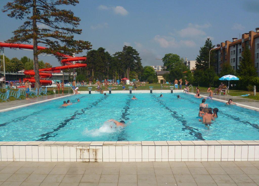 Плавательный бассейн. Фото: Елена Арсениевич, CC BY-SA 3.0