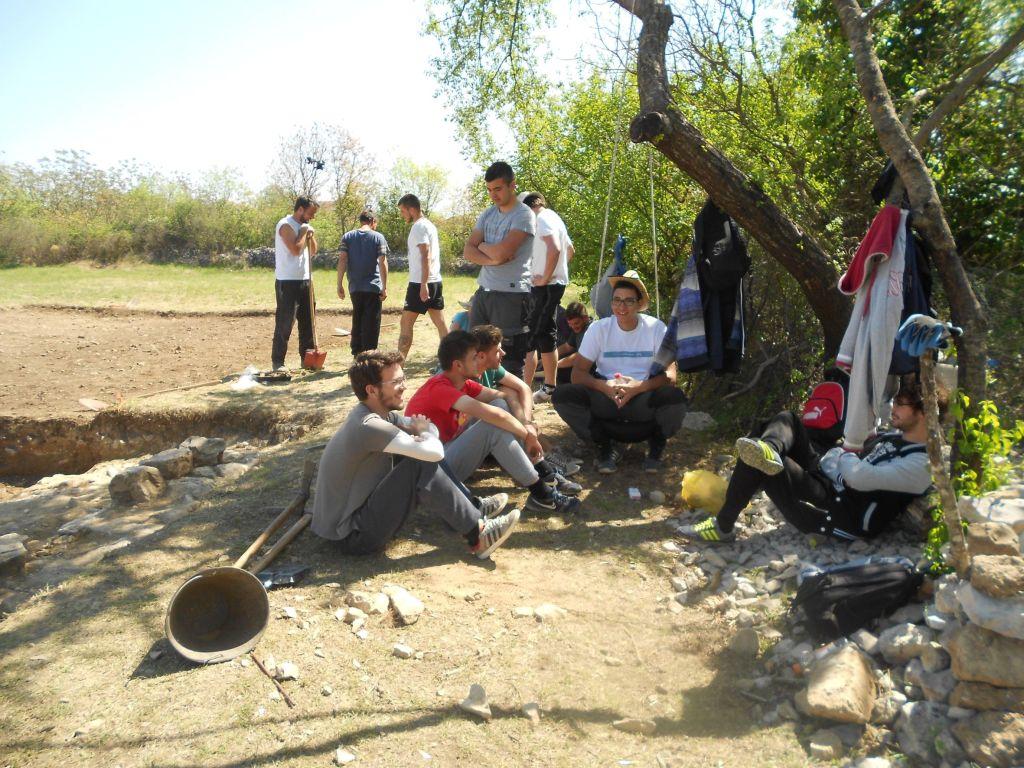 Археологи на раскопках Бигесте. Фото: Елена Арсениевич, CC BY-SA 3.0