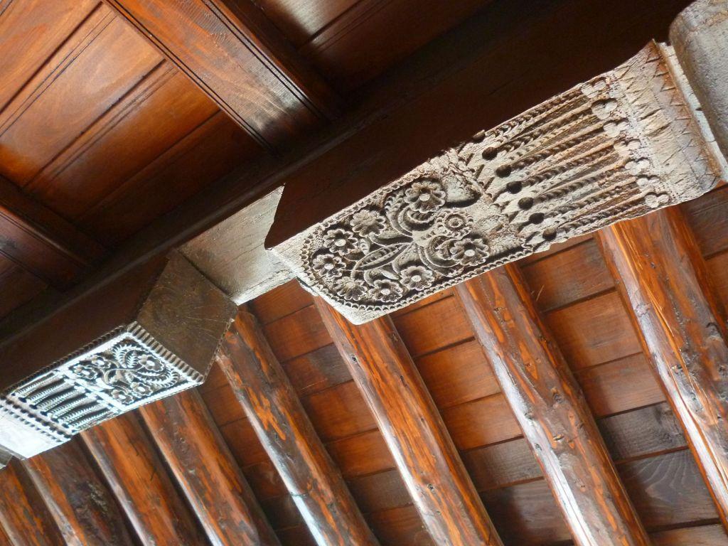 Декор тавана. Фото: Елена Арсениевич, CC BY-SA 3.0