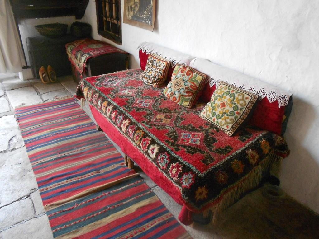 Сечия для сидения. Дом Кайтаза в Мостаре. Фото: Елена Арсениевич, CC BY-SA 3.0