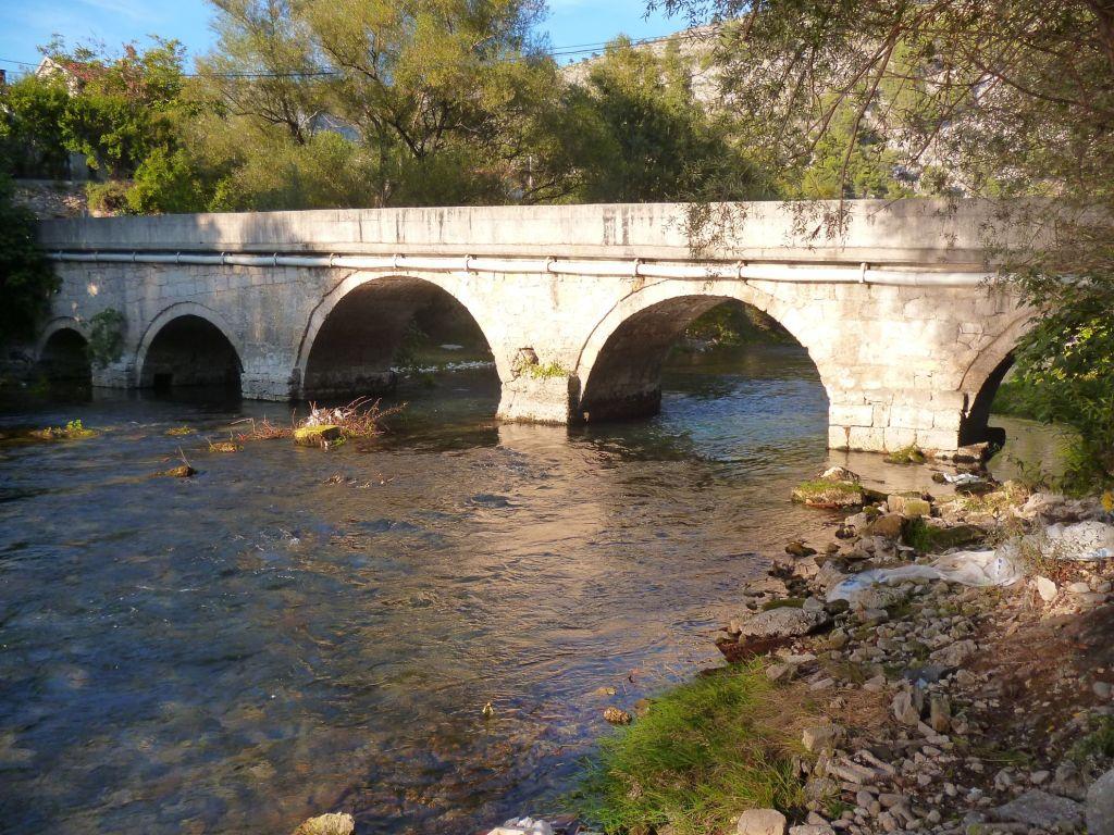 Мост Караджоз-бега в Благае. Фото: Елена Арсениевич, CC BY-SA 3.0