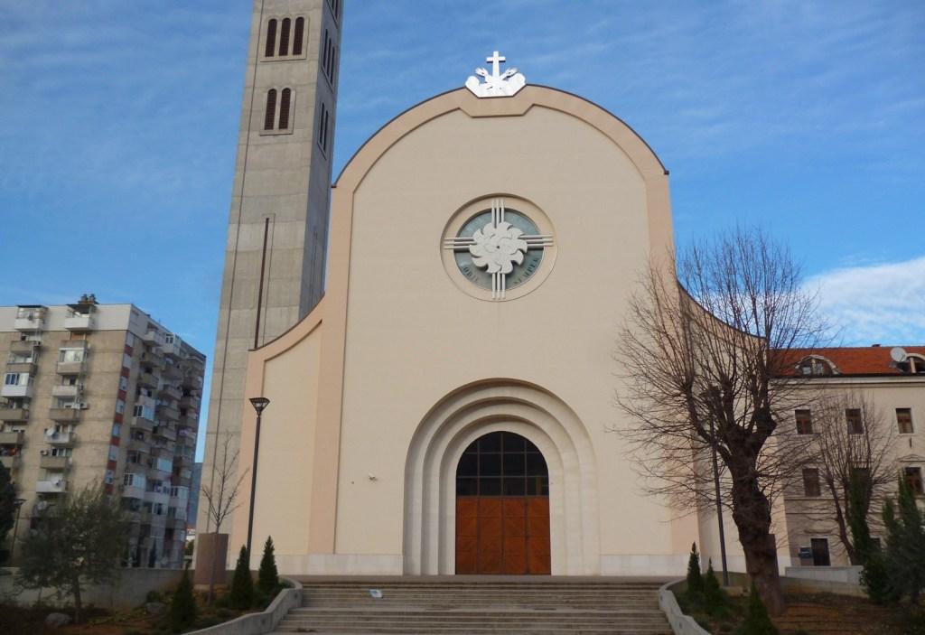 Церковь св. Петра и Павла. Фото: Елена Арсениевич, CC BY-SA 3.0