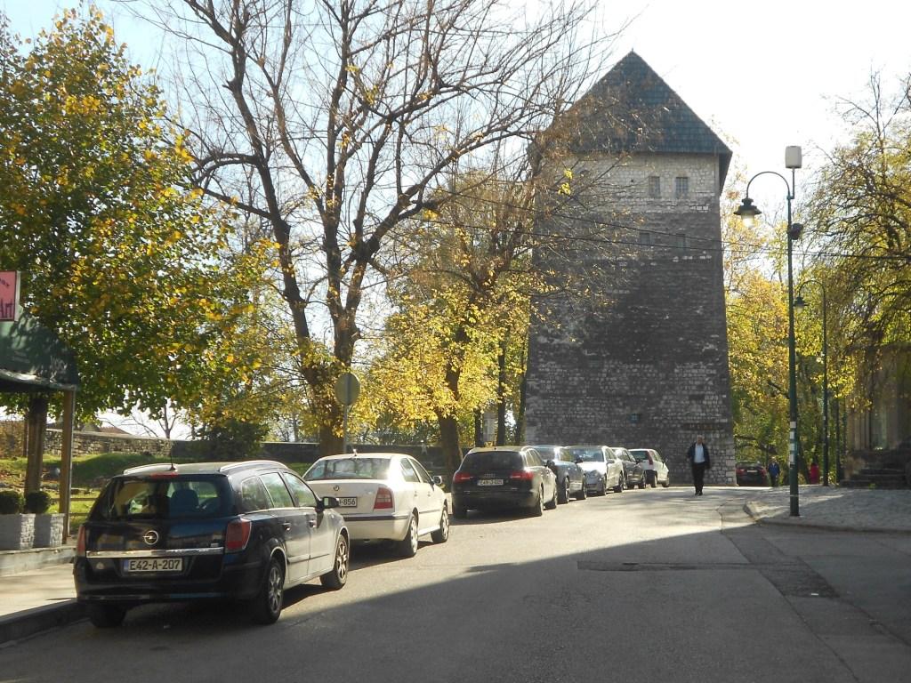 Главная башня Бихачской крепости. Фото: Елена Арсениевич, CC BY-SA 3.0