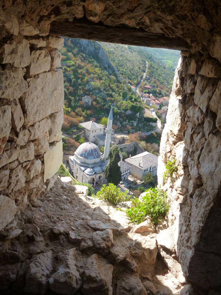 Вид из окна башни. Фото: Елена Арсениевич, CC BY-SA 3.0