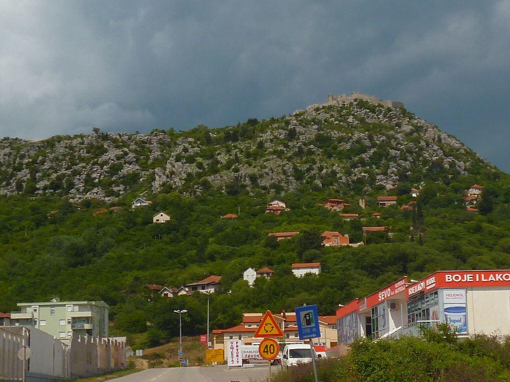 Крепость на холме Бутуровица. Фото: Елена Арсениевич, CC BY-SA 3.0
