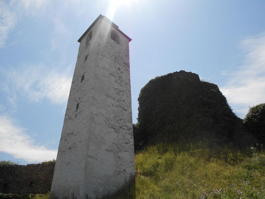 Часовая башня в Маглае. Фото: Елена Арсениевич, CC BY-SA 3.0