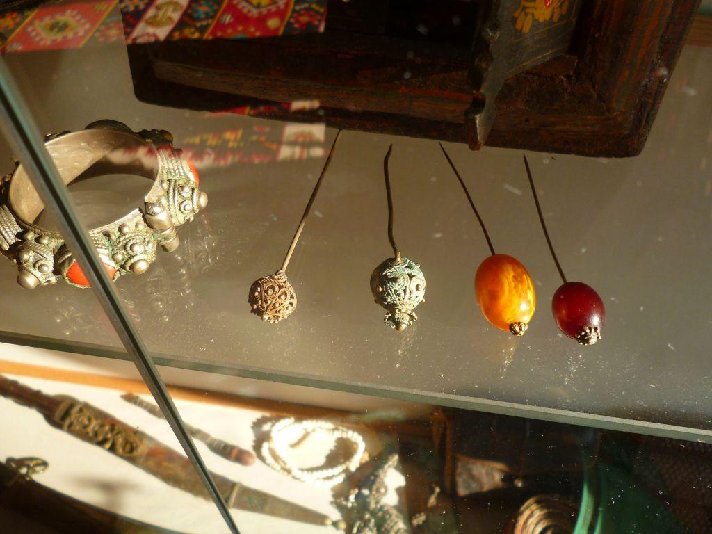 Старинные украшения. Фото: Елена Арсениевич, CC BY-SA 3.0
