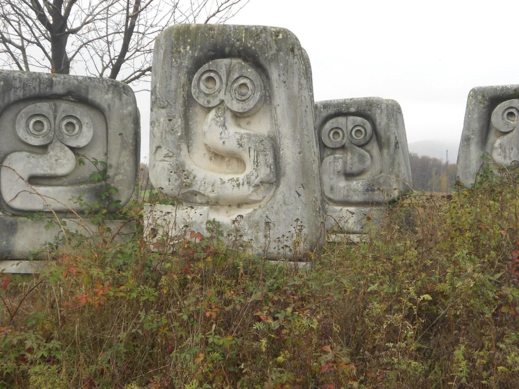 Хтонические существа из древних легенд. Фото: Елена Арсениевич, CC BY-SA 3.0