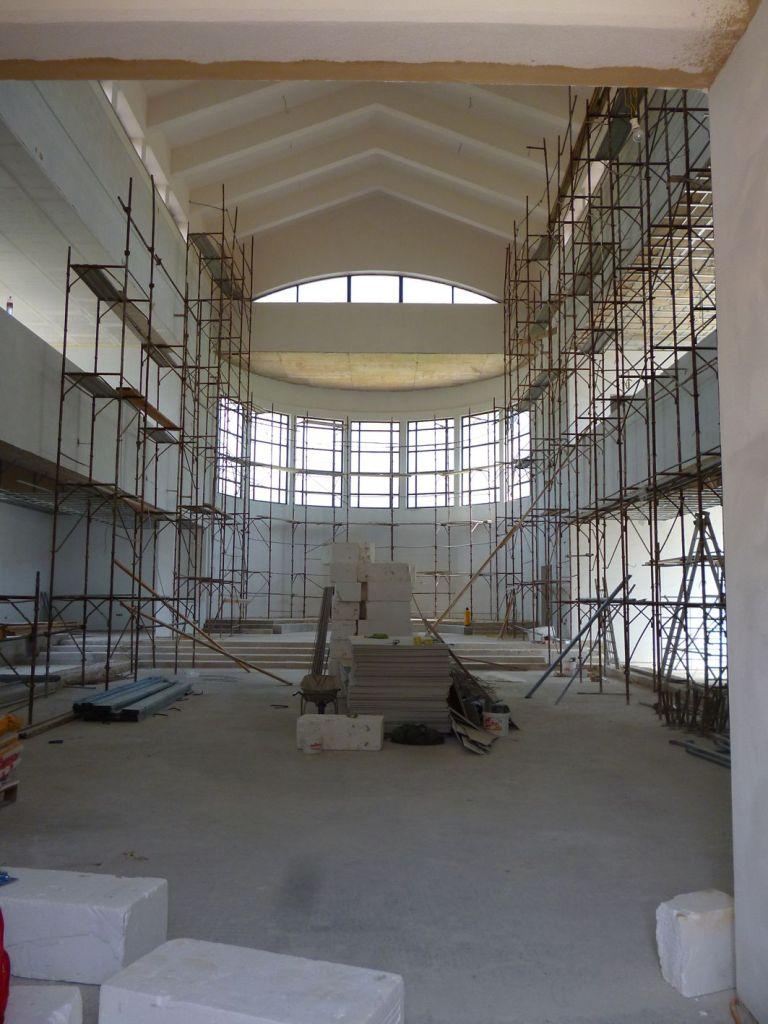 Внутренние работы в церкви. Фото: Елена Арсениевич, CC BY-SA 3.0