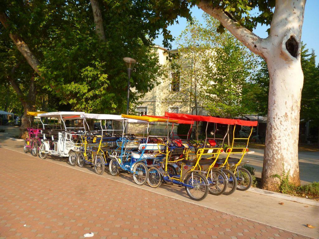 Велокареты. Фото: Елена Арсениевич, CC BY-SA 3.0