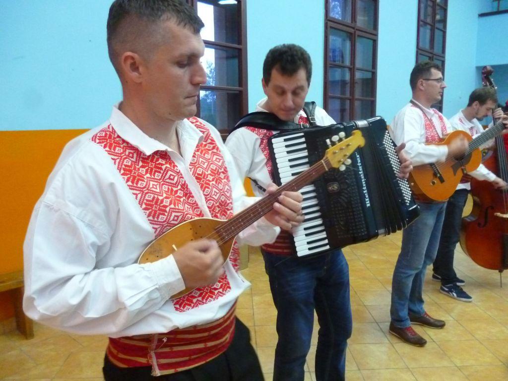 Музыканты-тамбураши. Фото: Елена Арсениевич, CC BY-SA 3.0