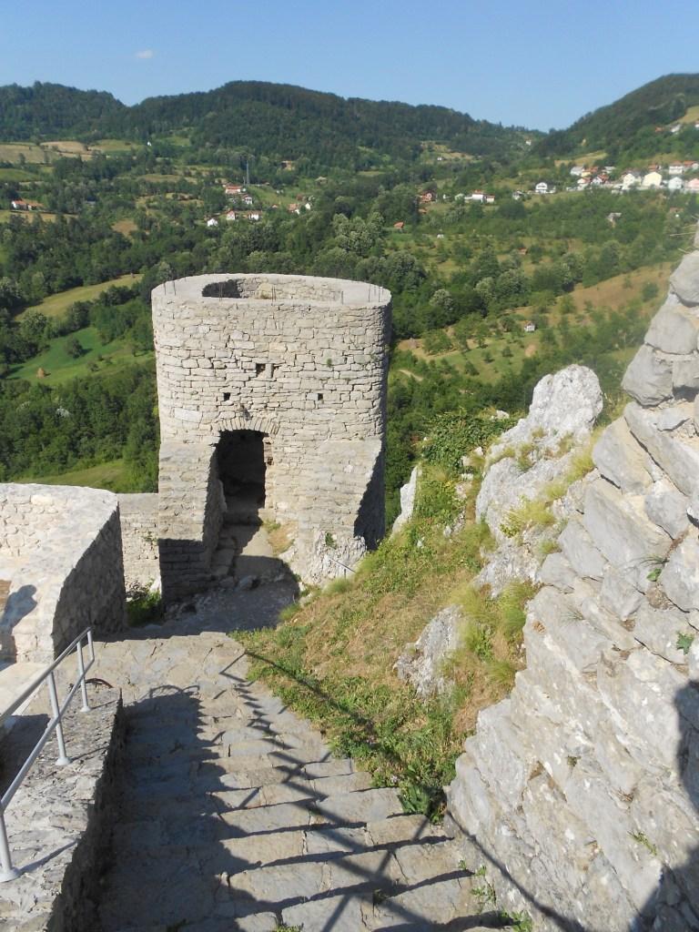 Вторая башня. Фото: Елена Арсениевич, CC BY-SA 3.0
