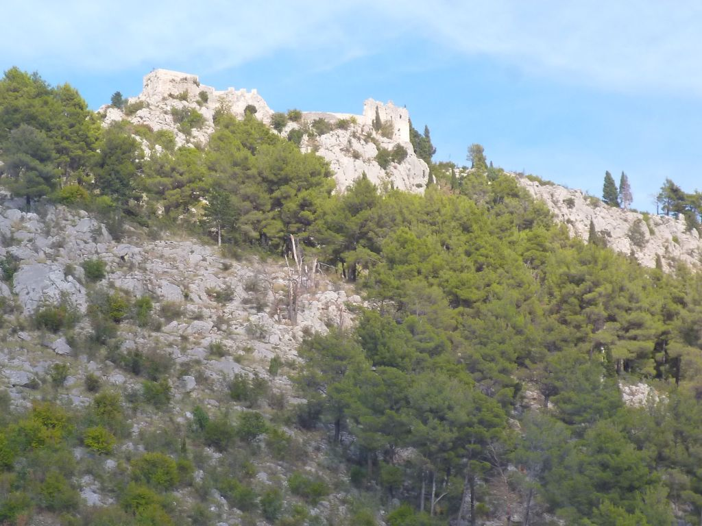 Вид на крепость с серпантина. Фото: Елена Арсениевич, CC BY-SA 3.0