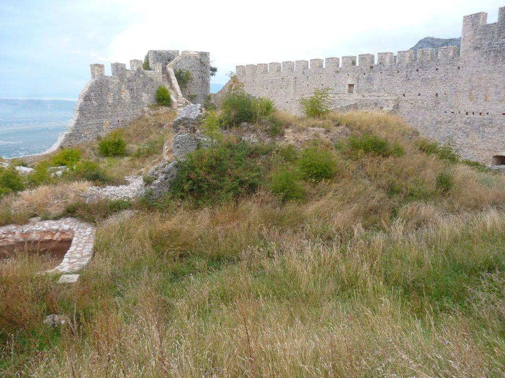 Западная часть крепости. Фото: Елена Арсениевич, CC BY-SA 3.0