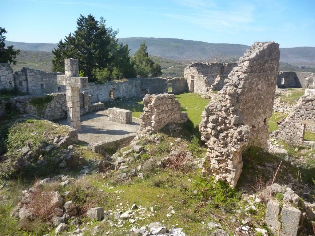Цитадель над крепостью построили австрийцы. Фото: Елена Арсениевич, CC BY-SA 3.0