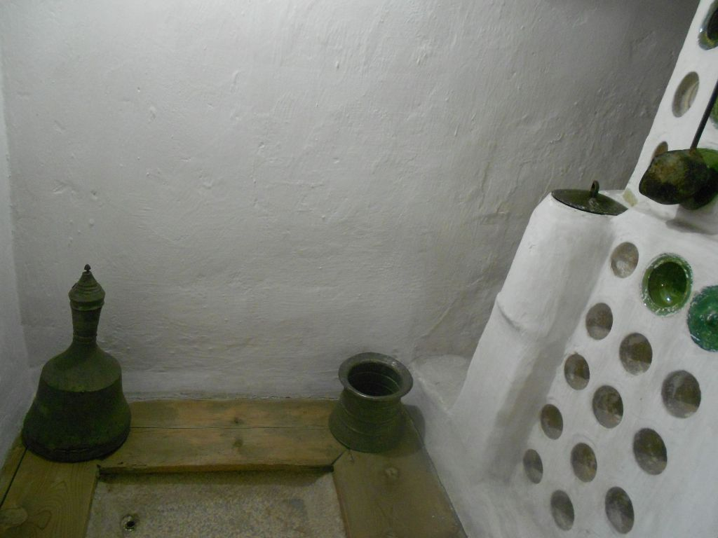 Домашний хаммам, банька, рядом с печью. Фото: Елена Арсениевич, CC BY-SA 3.0