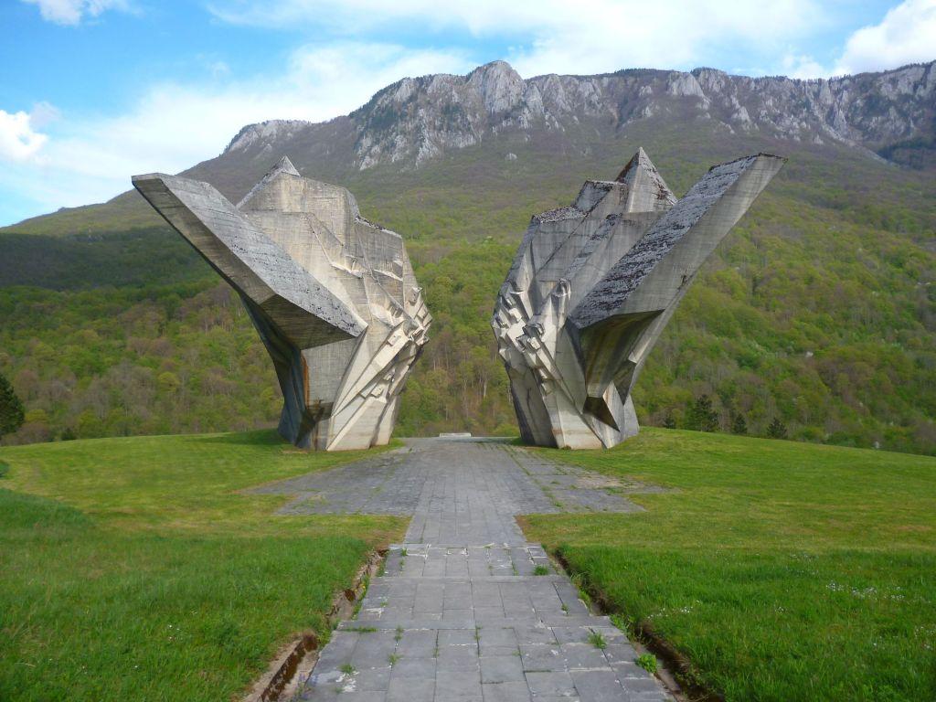 Памятник в Сутеске. Фото: Елена Арсениевич, CC BY-SA 3.0