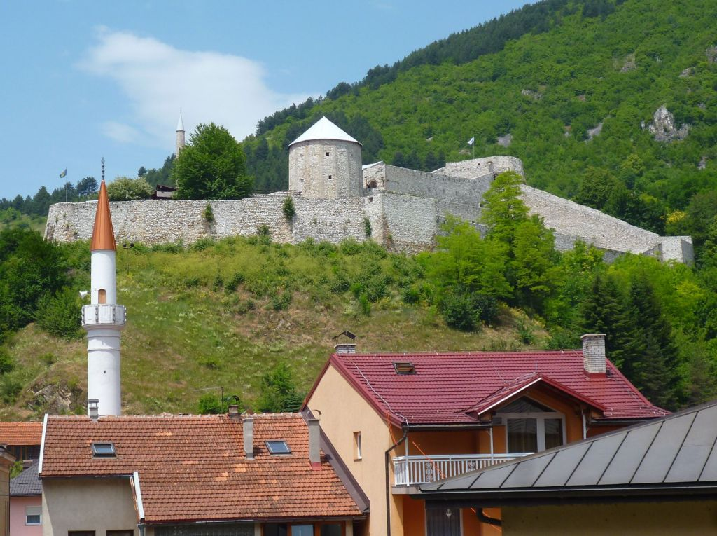 Вид на крепость с востока. Фото: Елена Арсениевич, CC BY-SA 3.0