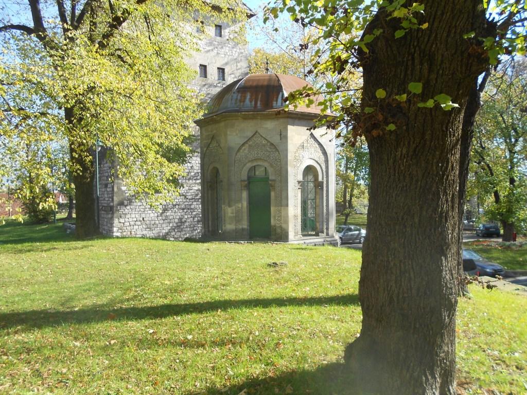 Гробница в Бихаче. Фото: Елена Арсениевич, CC BY-SA 3.0