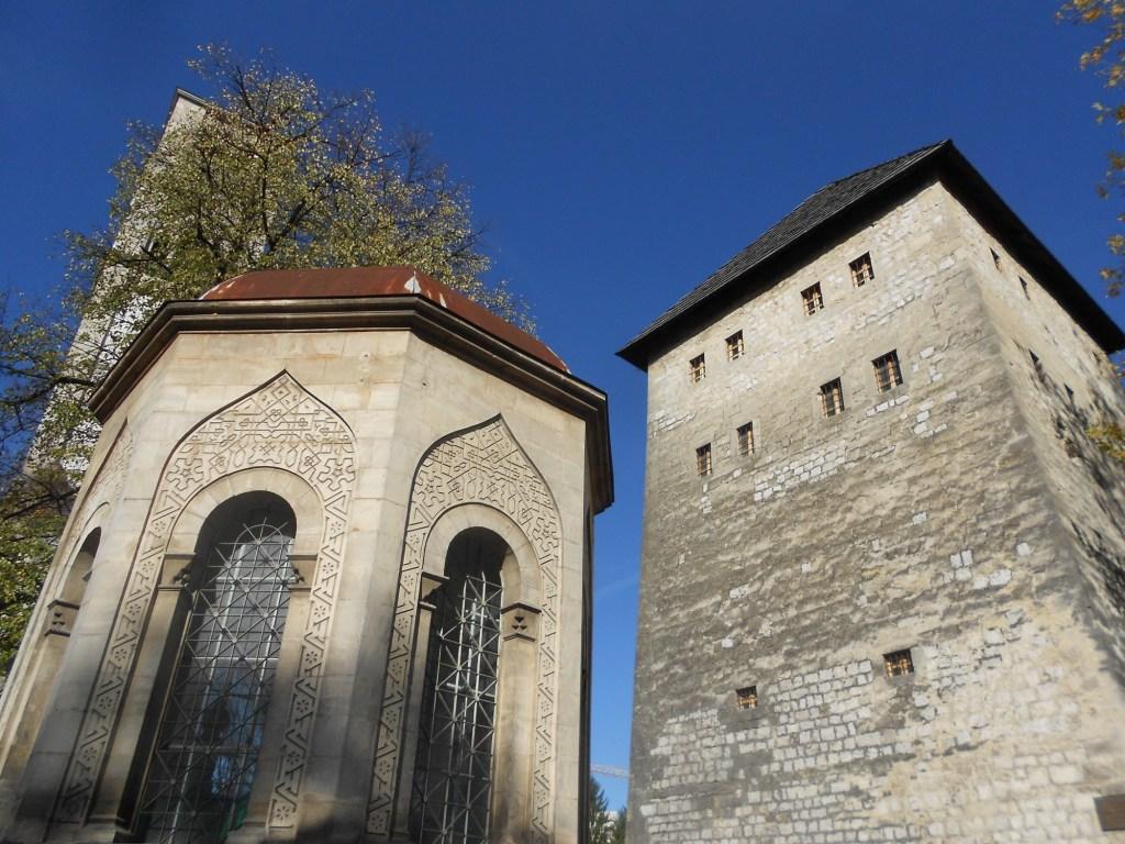 Гробница, башня, колокольня. Фото: Елена Арсениевич, CC BY-SA 3.0