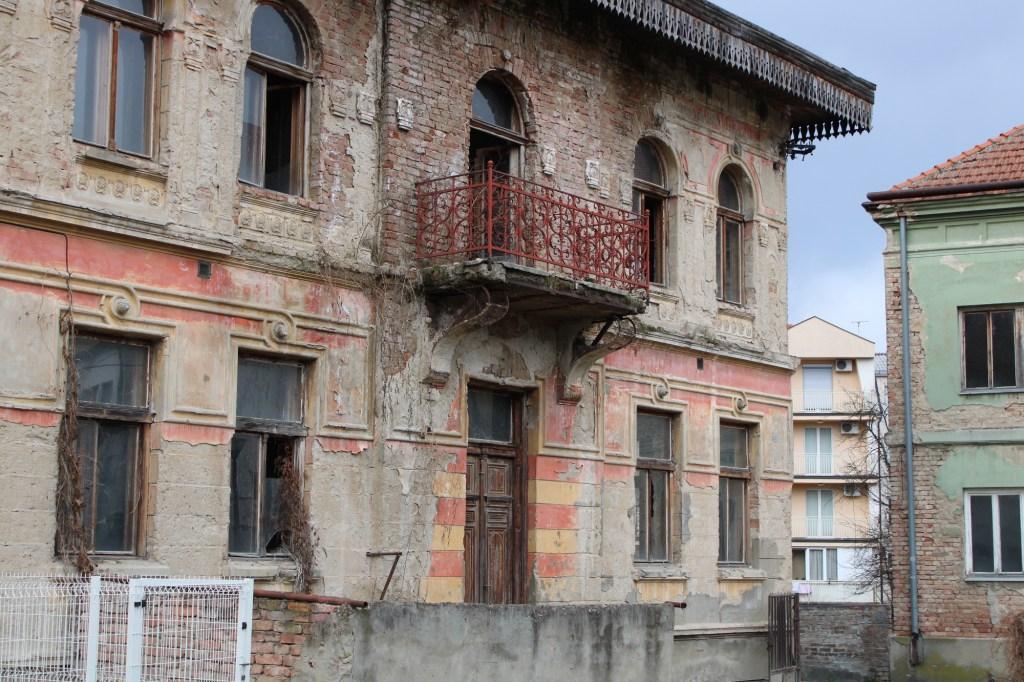 Когда-то красивейшее здание. Фото: Елена Арсениевич, CC BY-SA 3.0