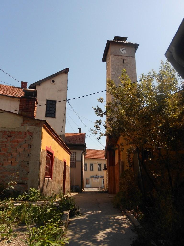 Вход в башню с западной стороны. Фото: Елена Арсениевич, CC BY-SA 3.0