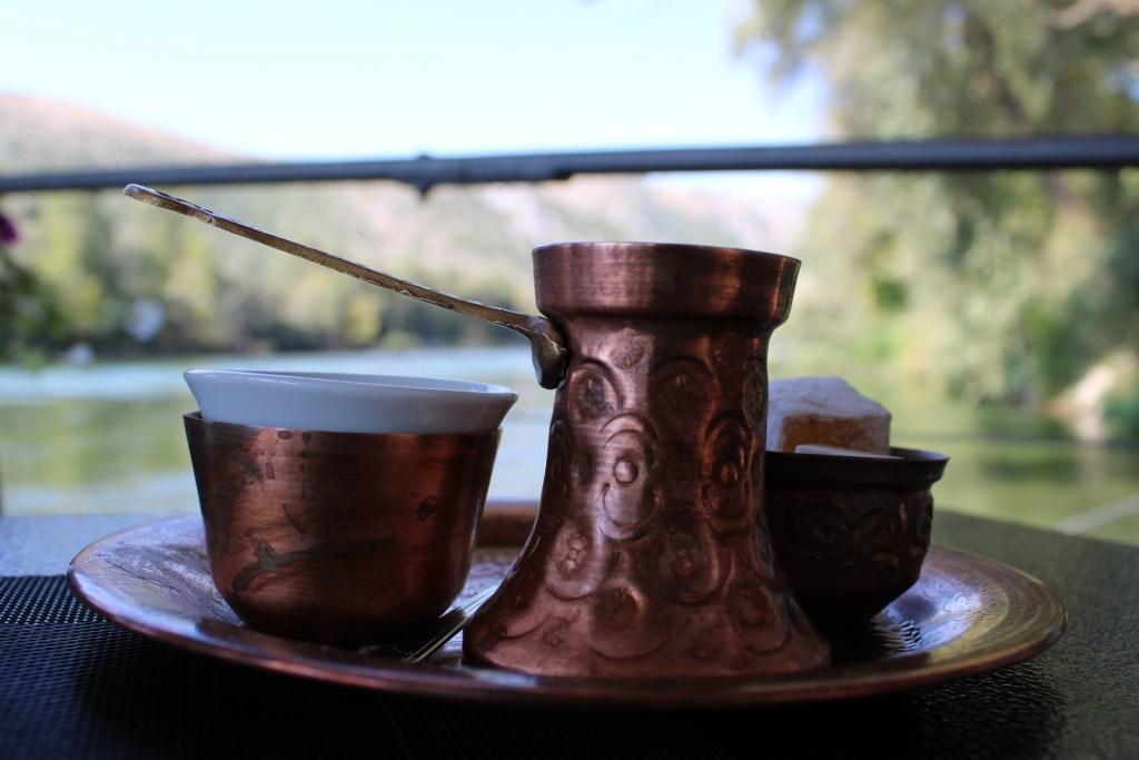 Кофе с видом. Фото: Елена Арсениевич, CC BY-SA 3.0