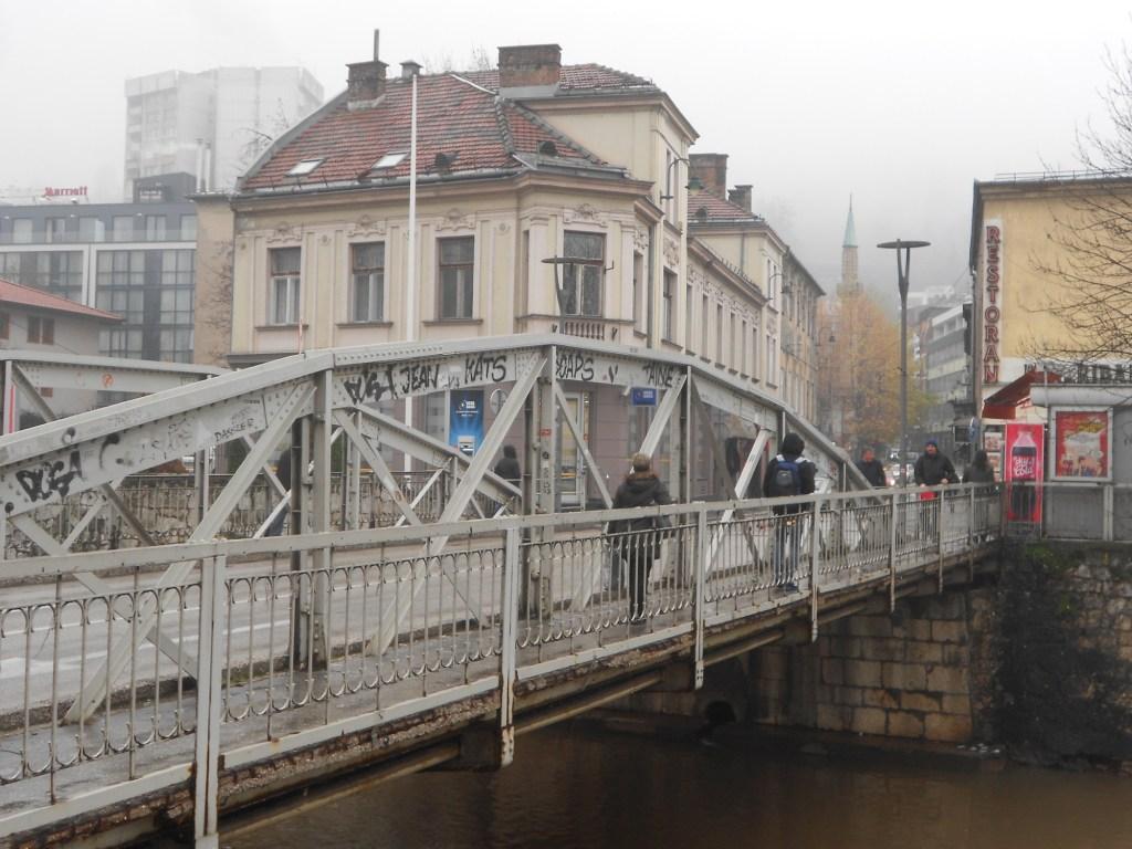 Мост Чобания. Вид на левый берег. Фото: Елена Арсениевич, CC BY-SA 3.0