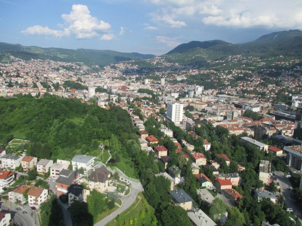 Вид сверху: Сараево. Фото: Елена Арсениевич, CC BY-SA 3.0