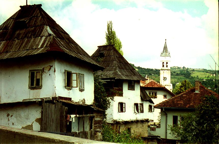 Старые дома в Яйце. Jacquesverlaeken, CC BY-SA 3.0
