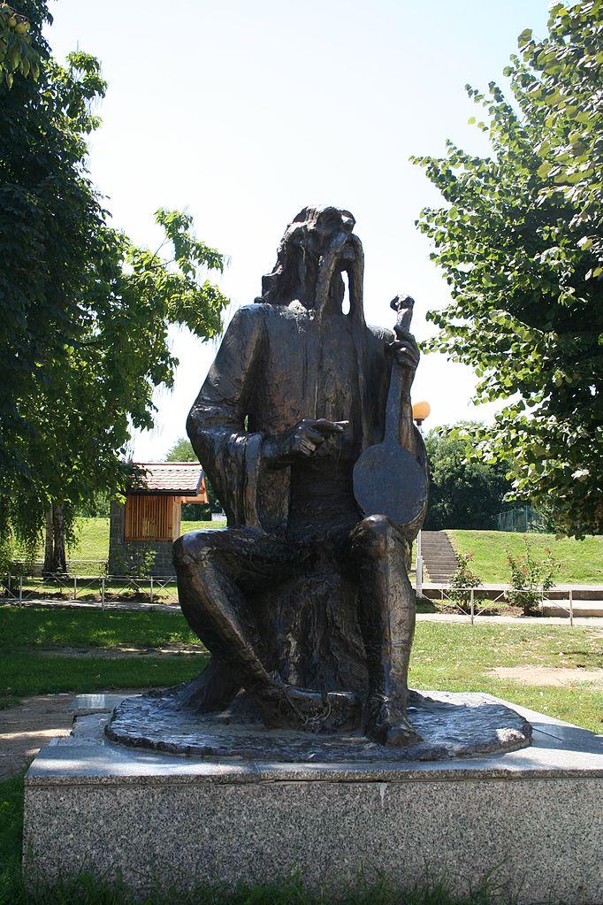 Памятник Филипу Вишничу в Лознице. Ванилица, CC BY-SA 4.0