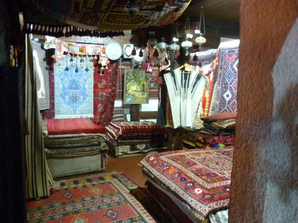 Рынок ковров. Фото: Елена Арсениевич, CC BY-SA 3.0