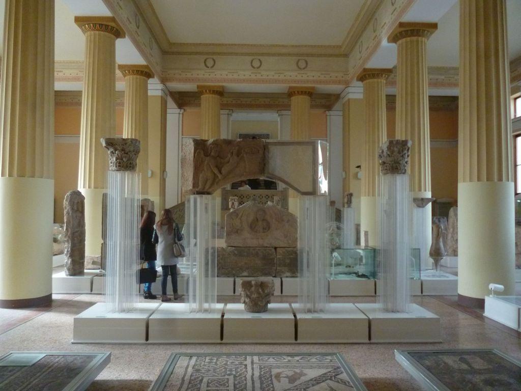 Зал античной коллекции. Фото: Елена Арсениевич, CC BY-SA 3.0