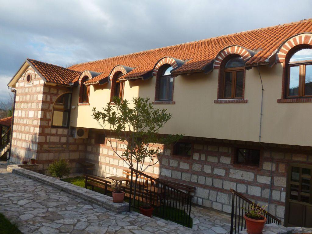 Конак, дом для монахинь. Фото: Елена Арсениевич, CC BY-SA 3.0