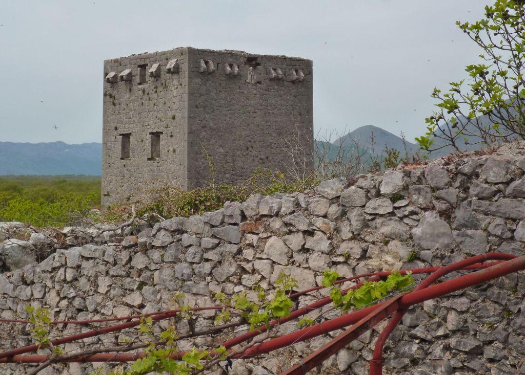 Башня Осман-аги Расулбеговича. Фото: Елена Арсениевич, CC BY-SA 3.0