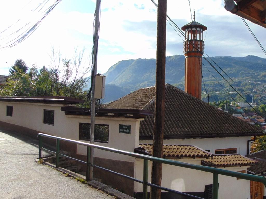 Мечеть с видом на Требевич. Фото: Елена Арсениевич, CC BY-SA 3.0
