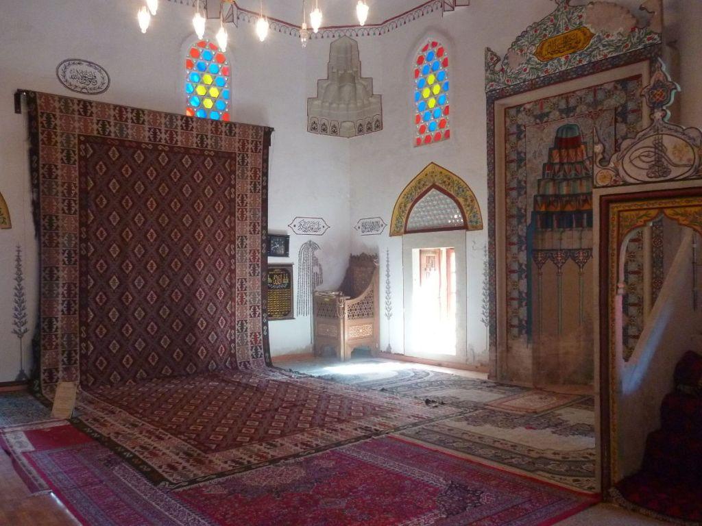 Императорский подарок в мостарской мечети. Фото: Елена Арсениевич, CC BY-SA 3.0