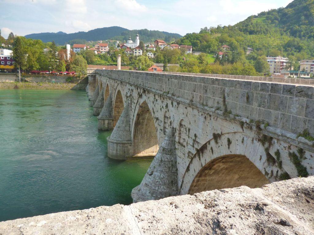 Мост и Вишеград. Фото: Елена Арсениевич, CC BY-SA 3.0